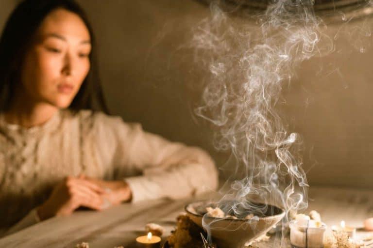 trusting the divine praying woman